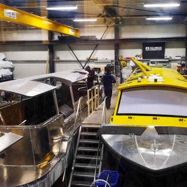 Watertaxi 31 in aanbouw